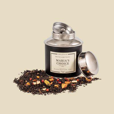 Maria's Choice No.04 Schwarzer Tee || Arte & Zayne